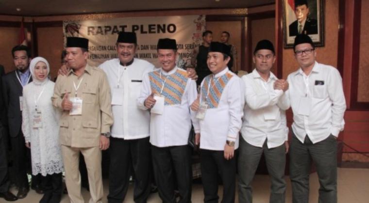 Rapat Pleno Penetapan 3 Paslon Walikota dan Wakil Walikota Kota Serang yang digelar di Hotel Ledian, Kota Serang, Senin (12/2/2018).