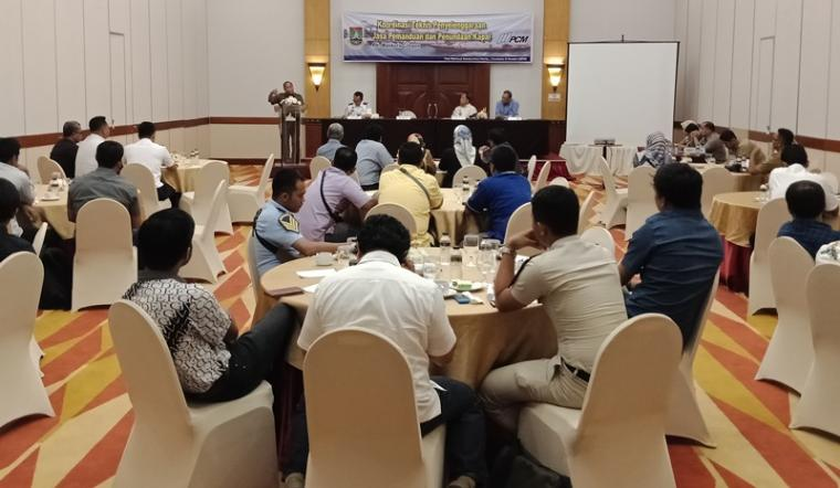 Suasama rapat Koordinasi Teknis Penyelenggaraan Jasa Pemanduan dan Penundaan bersama PT PCM,PT KBS,KSOP Banten di Hotel The Royale Krakatau Cilegon. (Foto: TitikNOL)