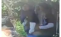 Screenshot pasangan remaja di Banten viral di medsos. (Dok: Facebook)