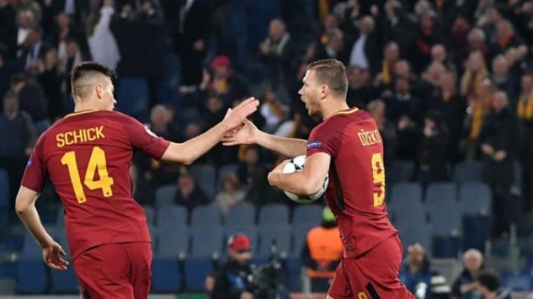 Selebrasi Edin Dzeko bersama Patrik Schick usai cetak gol. (Dok: Tribunnews)