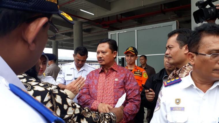 Wakil Ketua DPR RI Sigit Susiantomo saat memimpin kunjungan ke Pelabuhan Merak. (Foto: TitikNOL)