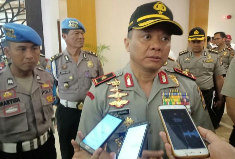 Kapolda Banten Brigjen Pol Teddy Minahasa saat memberikan keterangan kepada wartawan di Hotel The Royale Krakatau Cilegon. (Foto: TitikNOL)