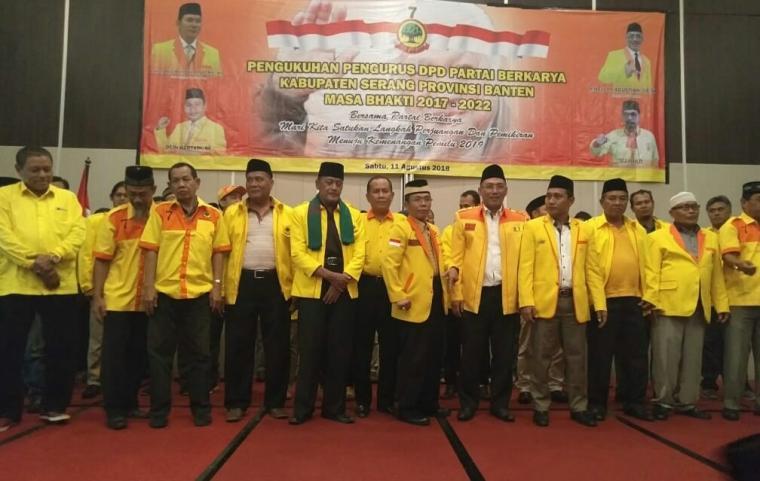 Sejumlah pengurus DPD Partai Berkarya Kabupaten Serang usai dikukuhkan. (Foto: Ist)