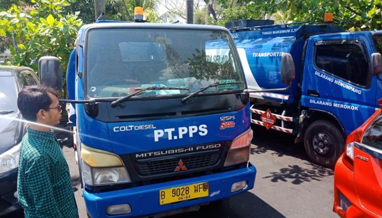Truk tanki BBM yang diamankan Polres Cilegon. (Foto: TitikNOL)