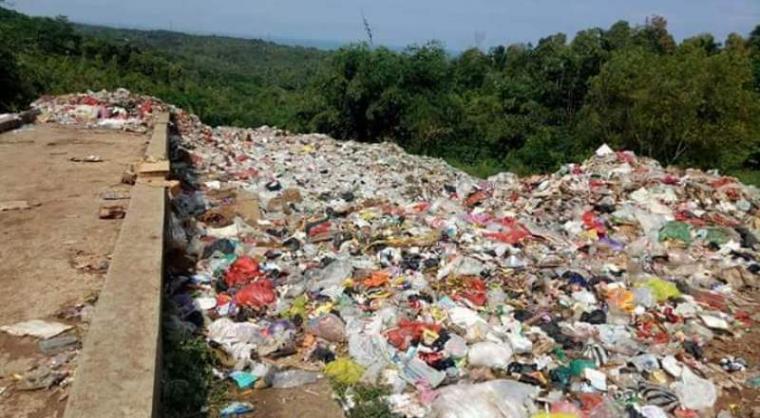 Tempat pembuangan sampah akhir (TPSA) Srilayung di Desa Pondok Panjang, Kecamatan Cihara, Kabupaten Lebak. (Foto: TitikNOL)