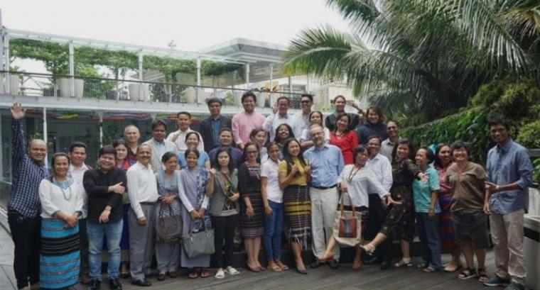 32 peserta forum masyarakat adat internasional yang tergabung dalam lembaga Dana Internasional untuk Pengembangan Pertanian (IFAD). (Foto: TitikNOL)