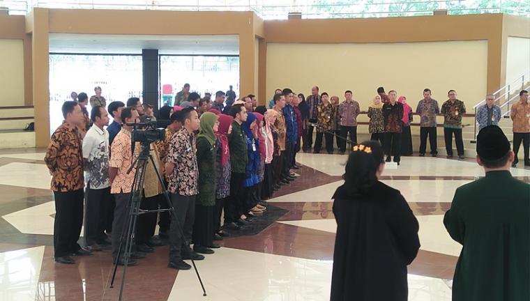 Suasana Pelantikan di Plaza Aspirasi KP3B, Curug, Kota Serang, Kamis (8/11/2018). (Foto: TitikNOL)