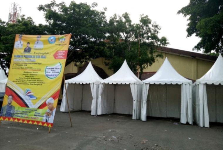 Pameran Pendidikan dan Buku di Kota Serang yang digelar Dinas Pendidikan dan Kebudayaan Kota Serang. (Foto: TitikNOL)