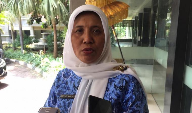 Ratu Ati Marliati saat memberikan keterangan kepada awak media. (Foto: TitikNOL)