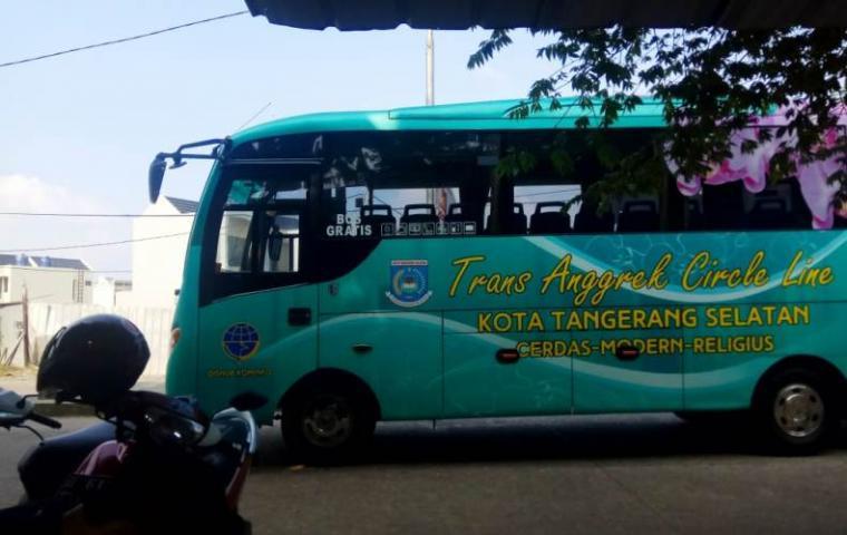 Bus Trans Anggrek. (Foto: TitikNOL)
