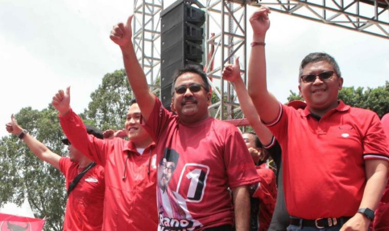 Suasana kampanye dan rapat umum PDI Perjuangan di Alun-alun Ahmad Yani, Kota Tangerang Minggu (24/03/2019).