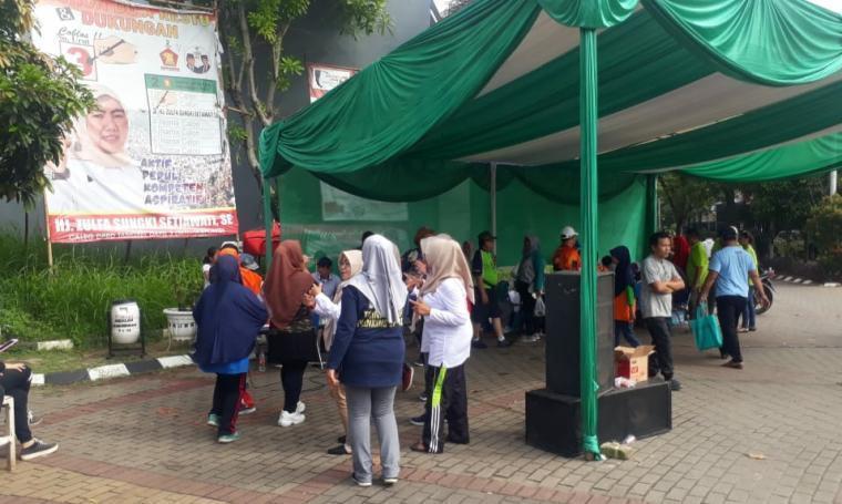 Suasana acara sosialisasi penyuluhan SIMPPEL (Sistem Penyampaian SPPT Pajak Bumi dan Bangunan Elektronik) dari Bidang Pajak I Badan Pendapatan Daerah (Bapenda) Kota Tangerang Selatan. (Dok: TitikNOL)