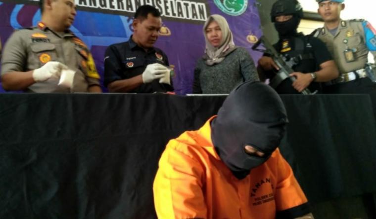 Press Conference Polres Tangerang Selatan. (Foto: TitikNOL)