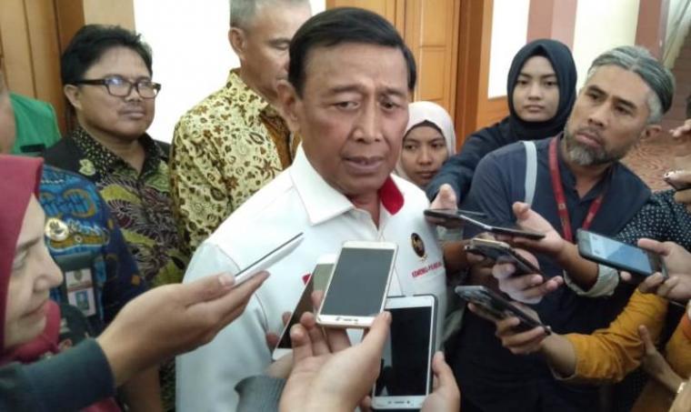 Menteri Koordinator Politik Hukum dan Keamanan (Menko Polhukam) Wiranto saat dimintai keterangan. (Foto: TitikNOL)