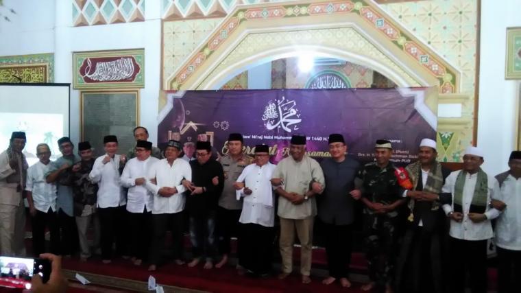 Penyampaian pidato di pidato di Masjid Agung At-Tsauroh. Jumat, (19/4/2019). (Foto: TitikNOL)