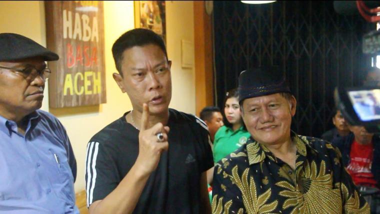 Ketua Presidium JARI 98, Willy Prakarsa (tengah). (Foto: TitikNOL)