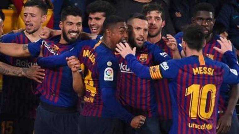 Selebrasi sejumlah pemain Barcelona usai cetak gol. (Dok: Detik)