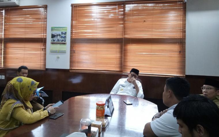 Gubernur Banten Wahidin Halim saat ditemui setelah menghadiri rapat pimpinan OPD Banten. (Foto: TitikNOL)