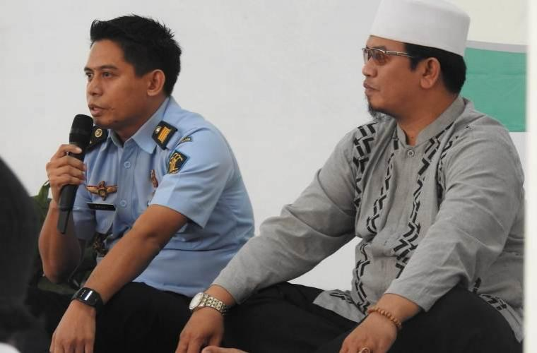 Suasan kegiatan khotmil Qur'an dan buka puasa bersama dengan Santri Attawabin di Lapas Kelas 1 Tangerang. (Foto: TitikNOL)
