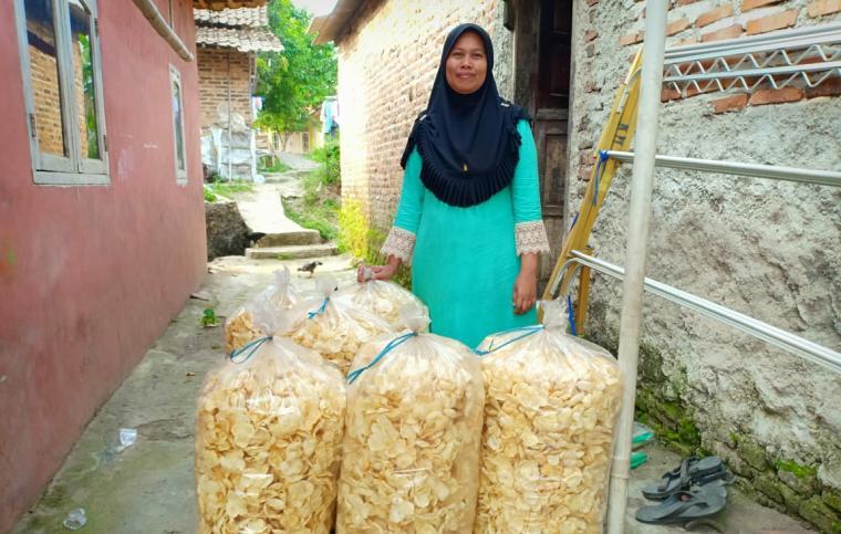 Bakriyah warga Kampung Permusan Kelurahan Kalang Anyar, Taktakan, Kota Serang. (Foto: TitikNOL)