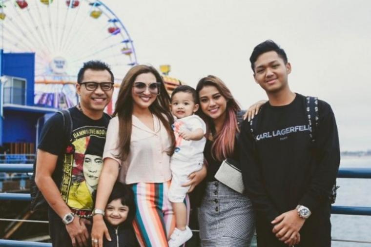 Ashanty dan Keluarga. (Dok: IDN Times)
