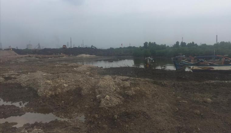 Lokasi pematangan lahan untuk pabrik PT Lotte Chemical Indonesia. (Foto: TitikNOL)