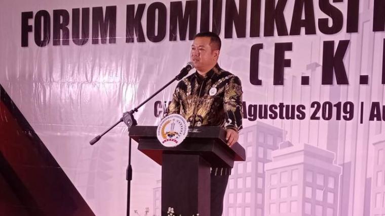 Ketua FKPC , Husen Saidan saat memberikan sambutan. (Foto: TitikNOL)