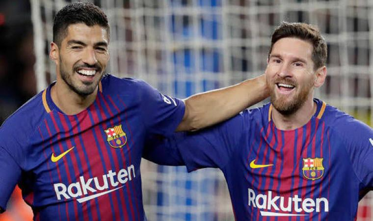 Luis Suarez dan Lionel Messi. (Dok: Dailyexpress)