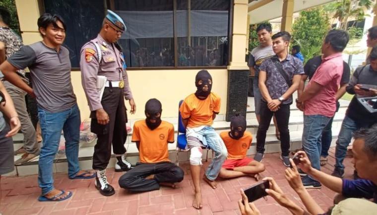 Pelaku pembunuhan disertai pemerkosaan yang menimpa SW (13) gadis asal warga Suku Baduy. (Foto: TitikNOL)