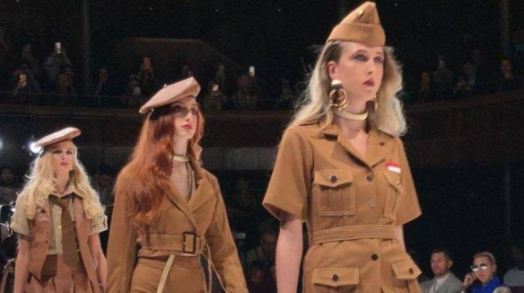 Di panggung Oxford Fashion Studio London Fashion Week Summer/Spring 2020 tersebut, Amaranthine menampilkan koleksi yang berbeda dari desainer internasional lainnya. (Dok: KBRI London)