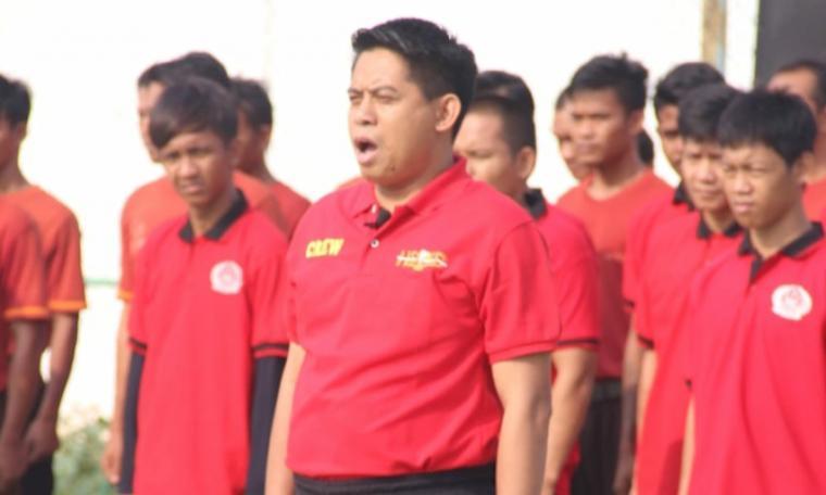Upacara pembukaan lomba yang diselenggarakan oleh Kementerian Hukum dan HAM (Kumham) di Lapangan Lapas Kelas I Tangerang. (Foto: TitikNOL)