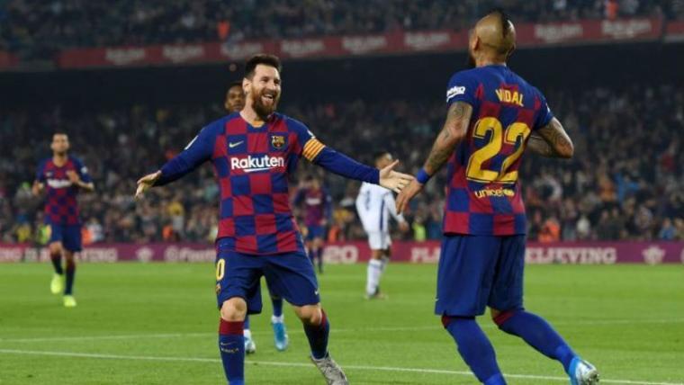 Lionel Messi dan arturo Vidal. (Dok: Indosport)