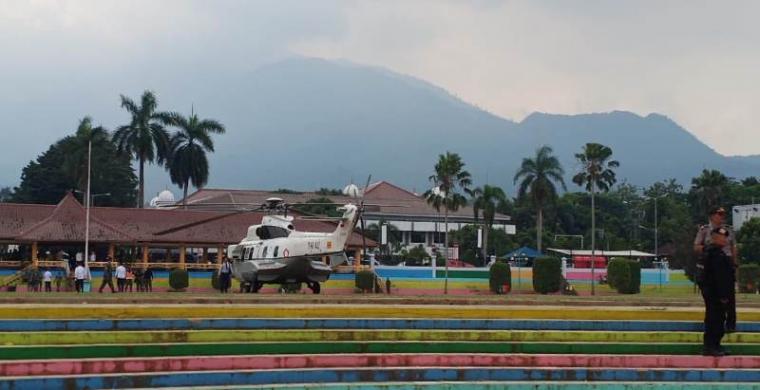 Penjemputan Menkopolhukam RI Wiranto di Alun-alun Pandeglang, Banten. (Foto: TItikNOL)