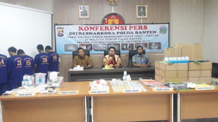 Konferensi Pers Ditresnarkoba Polda Banten. (Foto: TitikNOL)