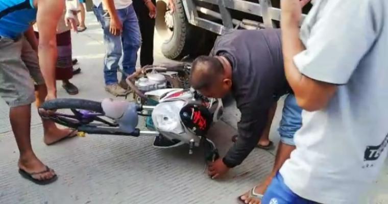 Kecelakaan lalulintas terjadi di Jalan Raya Malingping - Saketi, tepatnya di Kampung Sawagi RT 16/03 Desa Bolang, Kecamatan Malingping, Kabupaten Lebak. (Foto: TitikNOL)