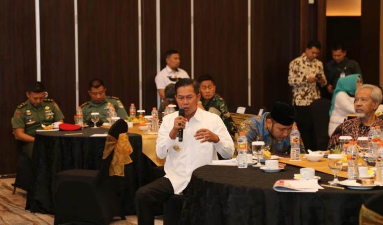 Walikota Serang Syafrudin saat mengikuti kegiatan Forum Konsultasi Publik RKPD Banten, Rabu (18/12/2019). (Foto: TitikNOL)