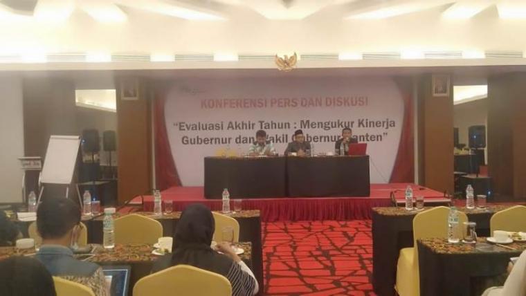 Konferensi Pers dan diskusi Survei kinerja Gubernur Banten Wahidin Halim. (Foto: TitikNOL)