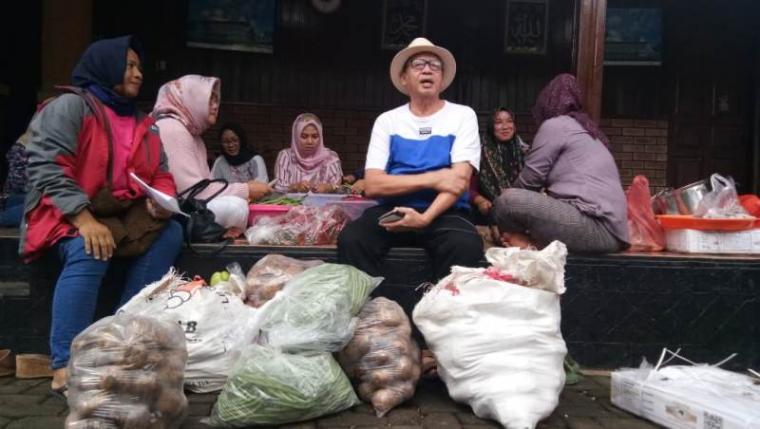 Posko korban banjir di kediaman Gubernur Banten Wahidin Halim. (Foto: TitikNOL)