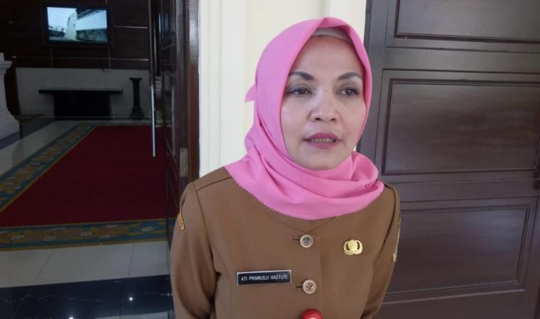 Kepala Dinas Kesehatan Provinsi Banten Ati Pramudji Hastuti. (Foto: TitikNOL)