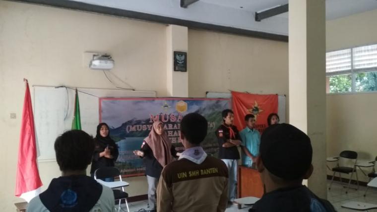 Musyawarah Anggota (Musyang) Mahasiswa Pencinta Kelestarian Alam (Mahapeka) Universitas Islam Negeri (UIN) Sultan Maulana Hasanuddin (SMH) Banten. (Foto: TitikNOL)