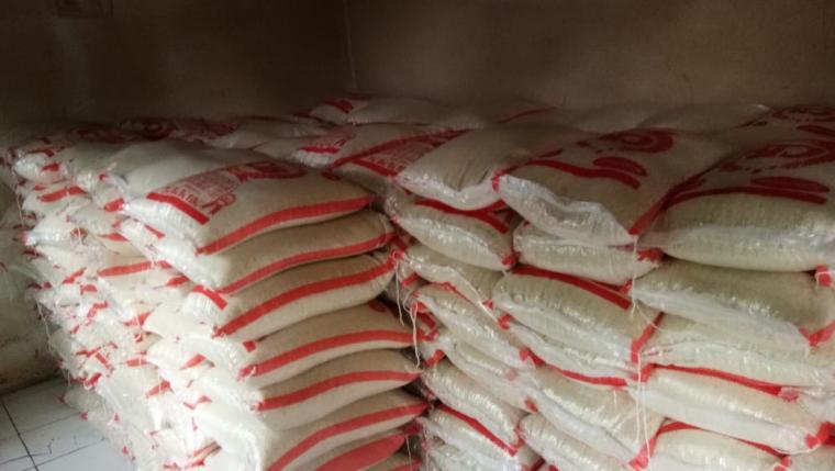 Agen/e warong dadakan pada program bantuan pangan non tunai (BPNT) atau bantuan sosial pangan (BSP). (Foto: TitikNOL)