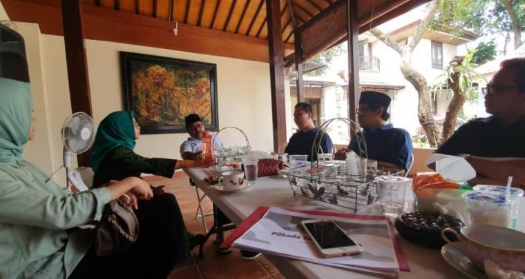 Sejumlah bakal calon walikota Tangsel saat temui Rano Karno di kediamannya di kawasan Lebak Bulus, Jakarta. (Foto: Ist)