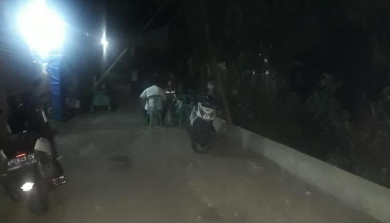Suasana kediaman Yuli, warga Kelurahan Lontarbaru, Kecamatan Serang, Kota Serang. (Foto: TitikNOL)