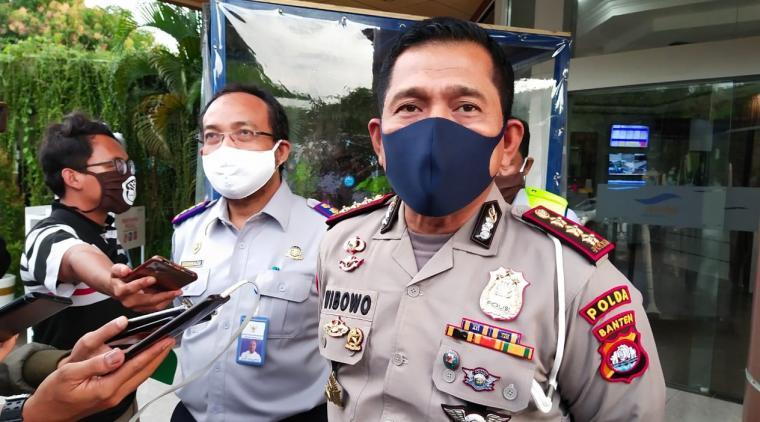 Dirlantas Polda Banten Kombes Pol Wibowo, saat memberikan keterangan terkait larangan mudik. (Foto: TitikNOL)
