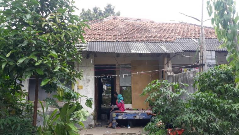 Kediaman almarhum Yuli, warga Kelurahan Lontarbaru, Kecamatan Serang, Kota Serang. (Foto: TitikNOL)