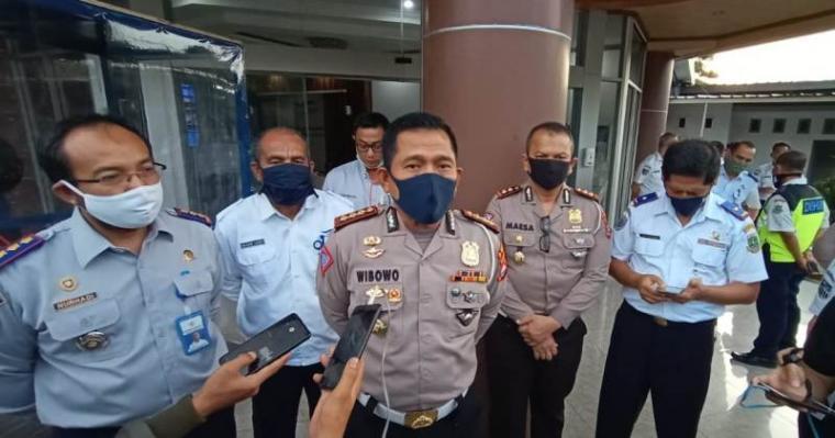 Direktur Lalu Lintas (Dirlantas) Polda Banten Kombes Pol Wibowo. (Foto: TitikNOL)