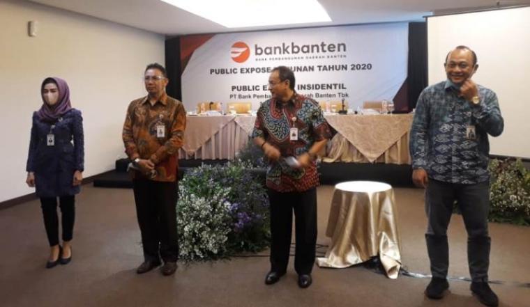 Pimpinan Bank Banten saat melakukan public expose tahunan tahun 2020.(Foto: TitikNOL)
