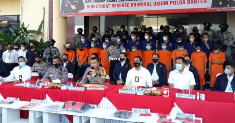 Suasana ungkap kasus pencurian kendaraan hasil operasi Jaran Kalimaya 2020 di Mapolda Banten. (Foto: TitikNOL)