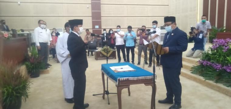 Proses Pergantian Antar Waktu Anggota Fraksi PSI DPRD Tangerang Selatan. (Foto: TitikNOL)