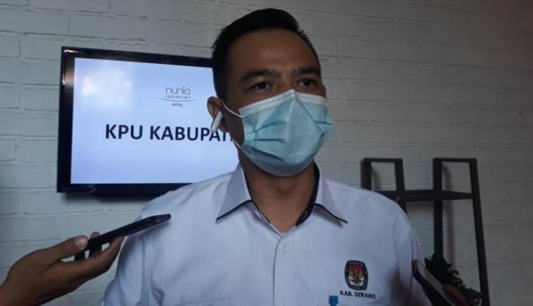 Ketua KPU Kabupaten Serang Abidin Nasyar. (Foto: TitikNOL)